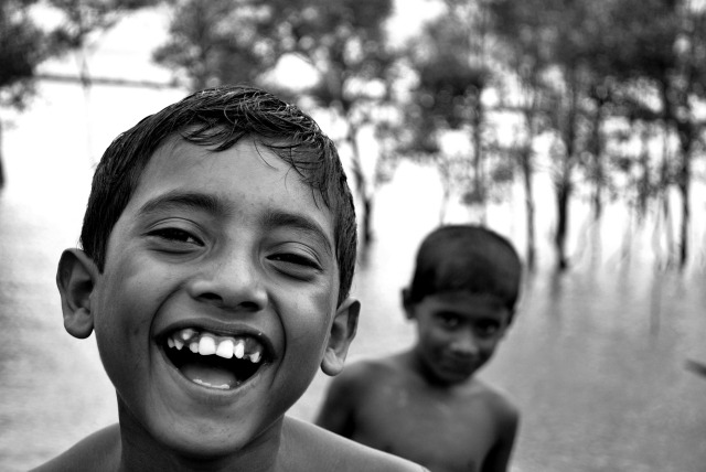 A_Smiling_boy_from_Bangladesh