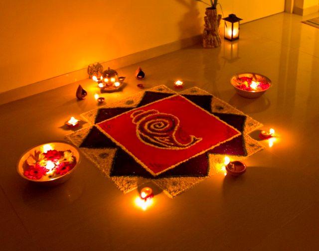 975px-The_Rangoli_of_Lights